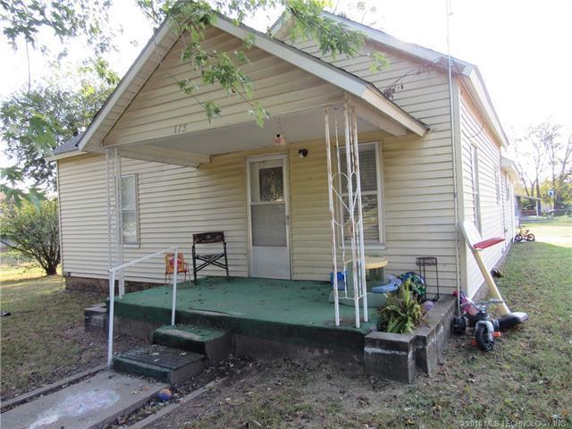 115 N Locust Street, Locust Grove, OK 74352 (MLS #1810154) :: The Boone Hupp Group at Keller Williams Realty Preferred
