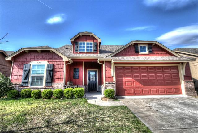 15301 E 109th Place North, Owasso, OK 74055 (MLS #1811296) :: Hopper Group at RE/MAX Results