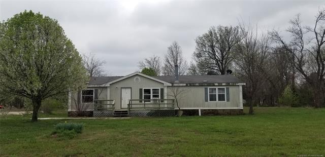 98 Spring Creek Street, Pryor, OK 74361 (MLS #1811660) :: Hopper Group at RE/MAX Results