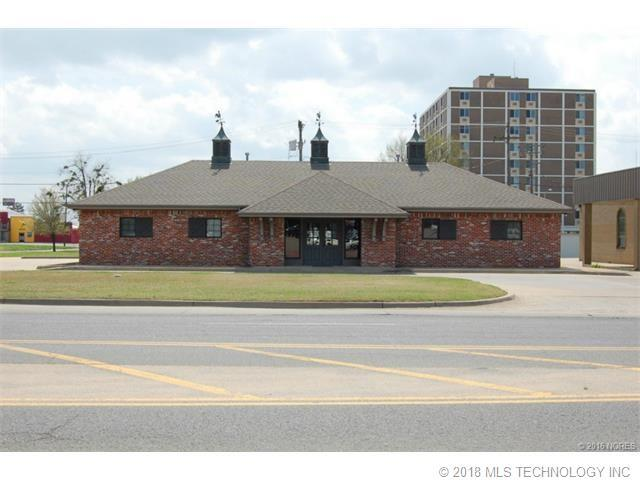 3303 W Okmulgee Street, Muskogee, OK 74401 (MLS #1811946) :: Hopper Group at RE/MAX Results