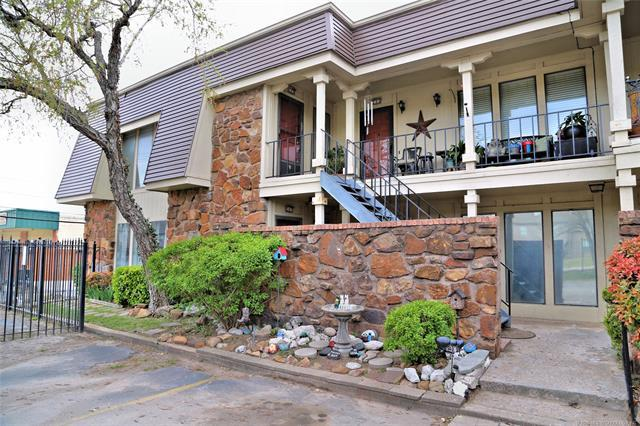 6736 S Lewis Avenue #208, Tulsa, OK 74136 (MLS #1813076) :: Hopper Group at RE/MAX Results