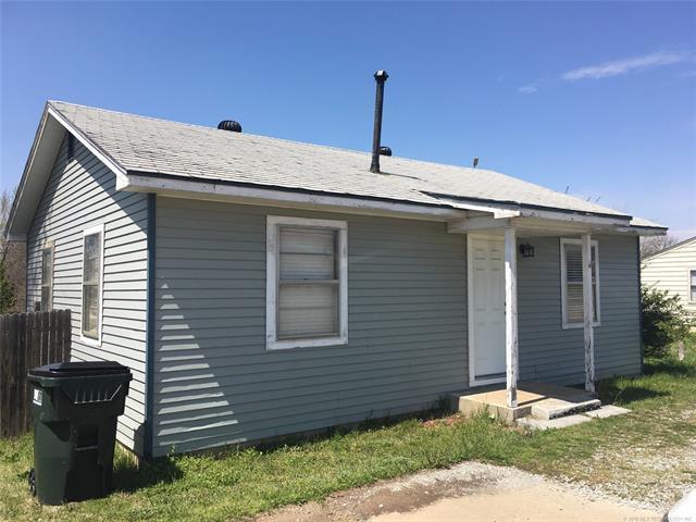 804 N 9th Street, Sapulpa, OK 74066 (MLS #1813131) :: Hopper Group at RE/MAX Results