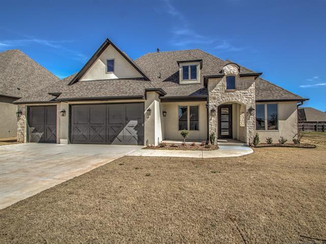 4519 S 173rd East Avenue, Tulsa, OK 74134 (MLS #1813171) :: Brian Frere Home Team