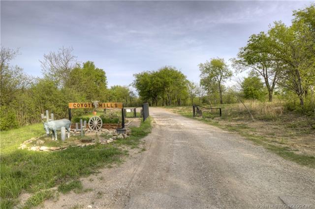 8723 S Coyote Hills Drive, Claremore, OK 74017 (MLS #1813242) :: Brian Frere Home Team