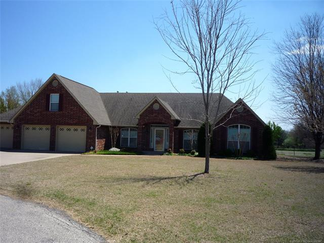 619 S Tallchief Court, Skiatook, OK 74070 (MLS #1813651) :: Hopper Group at RE/MAX Results
