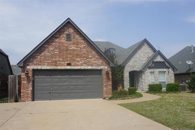 9619 E 118th Place, Bixby, OK 74008 (MLS #1813866) :: Hopper Group at RE/MAX Results