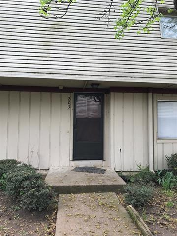 6616 S Zunis Avenue #203, Tulsa, OK 74136 (MLS #1813875) :: Hopper Group at RE/MAX Results