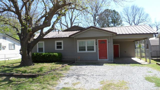 180 SW 2nd Street, Krebs, OK 74554 (MLS #1814105) :: Hopper Group at RE/MAX Results