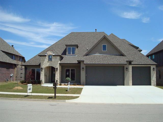 4443 S 173rd East Avenue, Tulsa, OK 74134 (MLS #1814807) :: Brian Frere Home Team