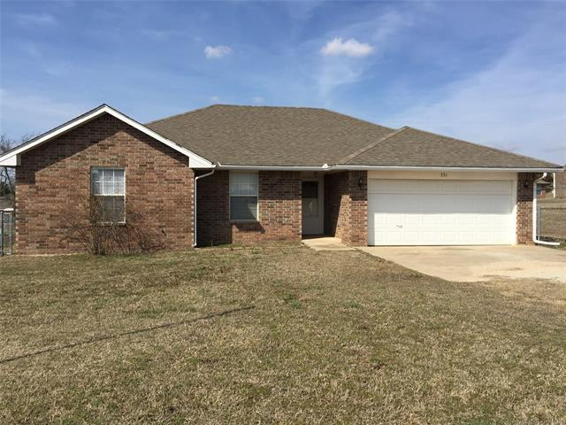 331 S Wright Road, Wanette, OK 74878 (MLS #1815271) :: Brian Frere Home Team