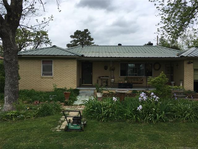 213 W Franklin Street, Haskell, OK 74436 (MLS #1816235) :: Hopper Group at RE/MAX Results