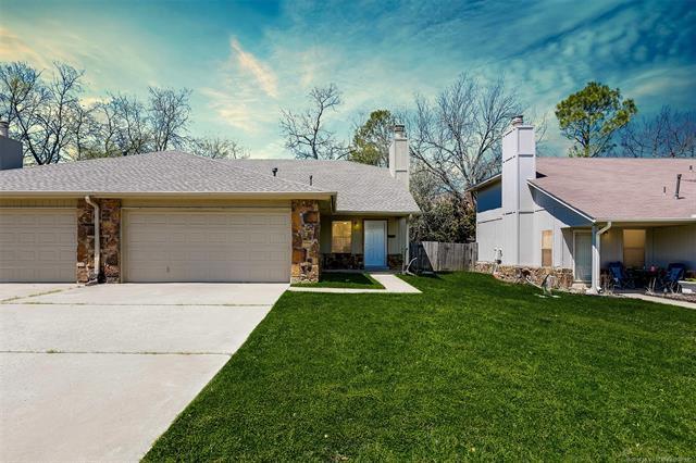 6716 S 78th East Avenue, Tulsa, OK 74133 (MLS #1816390) :: Brian Frere Home Team