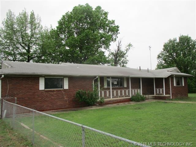 106 N Main Street, Whitefield, OK 74472 (MLS #1816425) :: Hopper Group at RE/MAX Results