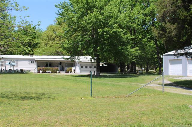 469 Pryor Creek Loop, Chouteau, OK 74337 (MLS #1816903) :: Brian Frere Home Team