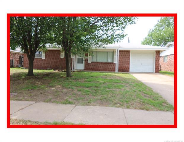 525 Sooner Road, Bartlesville, OK 74003 (MLS #1816942) :: Brian Frere Home Team