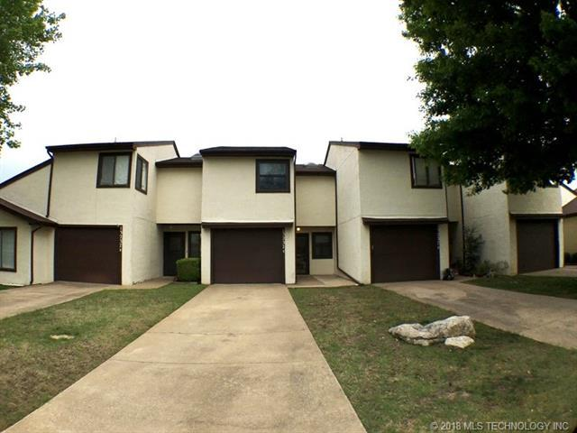 13237 E 30th Place Unit C, Tulsa, OK 74134 (MLS #1817239) :: Hopper Group at RE/MAX Results