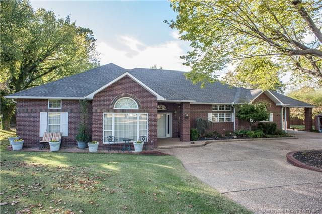 1707 S 14th Street, Mcalester, OK 74501 (MLS #1817245) :: Brian Frere Home Team
