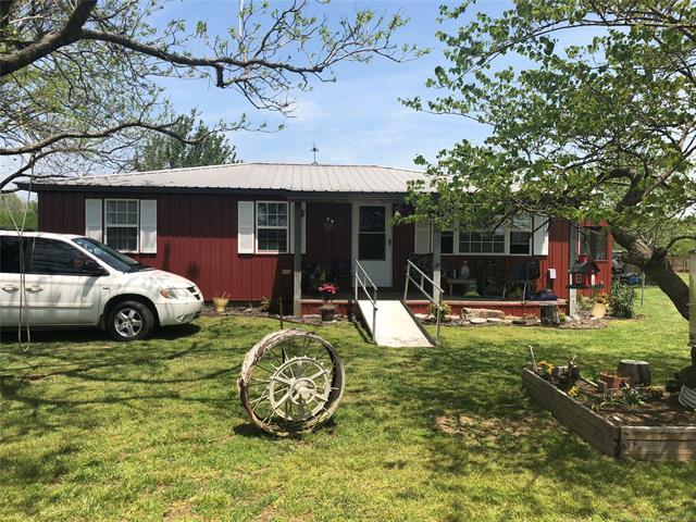 469433 E 640 Road, Watts, OK 74964 (MLS #1817956) :: Hopper Group at RE/MAX Results