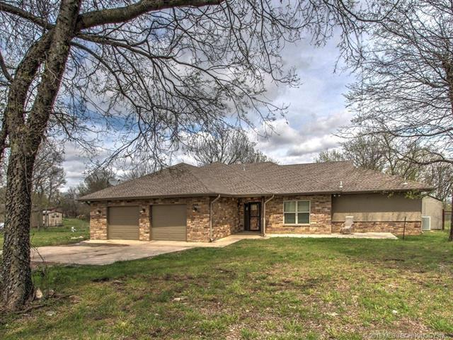 Box 254-B Rural Route 2 Road, Nowata, OK 74048 (MLS #1818254) :: Brian Frere Home Team