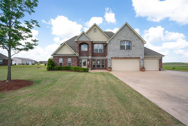 14518 N Lantana Boulevard, Skiatook, OK 74070 (MLS #1818494) :: 918HomeTeam - KW Realty Preferred
