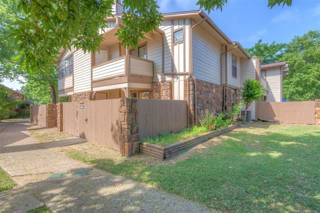 6504 S Memorial Drive 12A, Tulsa, OK 74133 (MLS #1818681) :: Brian Frere Home Team
