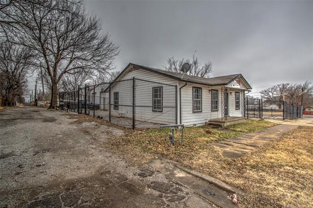 1310 E Jasper Street, Tulsa, OK 74106 (MLS #1818981) :: Hopper Group at RE/MAX Results