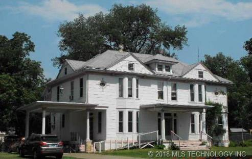 203 S 14th Street, Muskogee, OK 74401 (MLS #1819433) :: Brian Frere Home Team