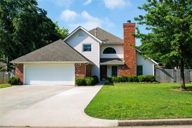 7320 E 84th Place, Tulsa, OK 74133 (MLS #1819548) :: 918HomeTeam - KW Realty Preferred