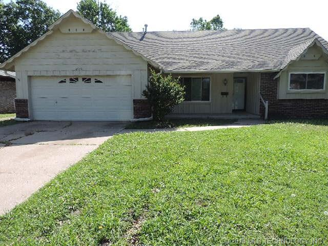 4939 S 90th East Avenue, Tulsa, OK 74145 (MLS #1819591) :: 918HomeTeam - KW Realty Preferred