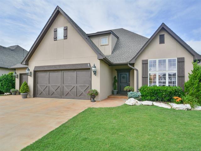 10320 S Delaware Place, Tulsa, OK 74137 (MLS #1819605) :: 918HomeTeam - KW Realty Preferred