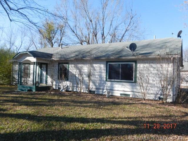 506 5 Avenue, Warner, OK 74469 (MLS #1819786) :: Brian Frere Home Team