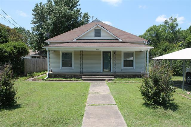 205 3rd Street, Krebs, OK 74554 (MLS #1819931) :: Hopper Group at RE/MAX Results