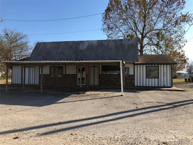 104 E Iowa Street, Whitefield, OK 74472 (MLS #1820505) :: Hopper Group at RE/MAX Results