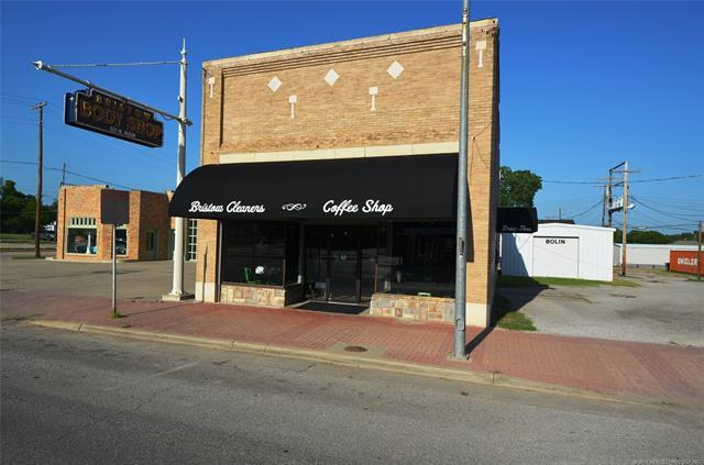 319 N Main Street, Bristow, OK 74010 (MLS #1820705) :: Hopper Group at RE/MAX Results