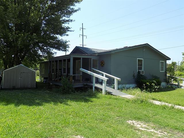 216 S Walnut Street, Holdenville, OK 74848 (MLS #1820765) :: Hopper Group at RE/MAX Results