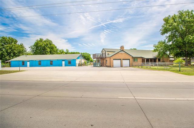 455 S Memorial Drive, Tulsa, OK 74112 (MLS #1820828) :: Brian Frere Home Team