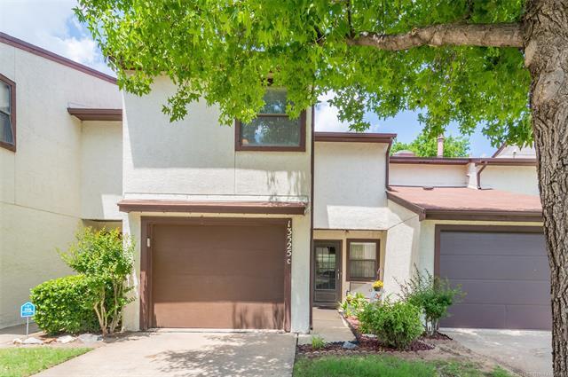 13525 E 30th Street C, Tulsa, OK 74134 (MLS #1821083) :: Brian Frere Home Team