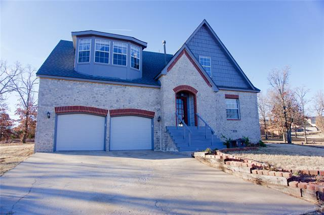 2803 N Mckinley Avenue, Sand Springs, OK 74063 (MLS #1821204) :: Hopper Group at RE/MAX Results