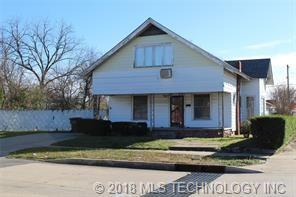 1002 E 3rd Street, Okmulgee, OK 74447 (MLS #1821255) :: Hopper Group at RE/MAX Results