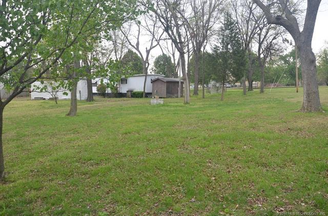 - S 320 Road, Wagoner, OK 74467 (MLS #1821726) :: Hopper Group at RE/MAX Results