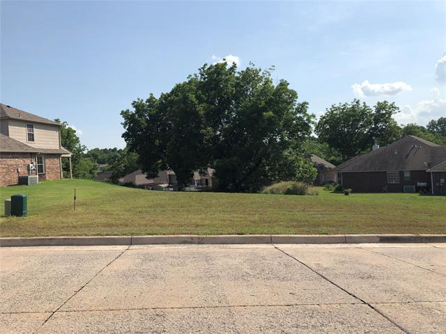 2005 W 4th Place S, Claremore, OK 74017 (MLS #1822239) :: Hopper Group at RE/MAX Results