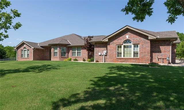 4510 Southport Drive, Bartlesville, OK 74006 (MLS #1822607) :: Hopper Group at RE/MAX Results