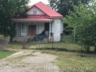 235 S Hickory Street, Nowata, OK 74048 (MLS #1822642) :: Brian Frere Home Team