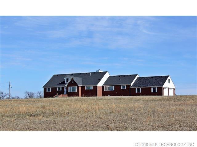 32323 E 671 Road, Chouteau, OK 74337 (MLS #1822970) :: Hopper Group at RE/MAX Results