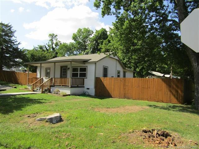 311 Jo Street, Tahlequah, OK 74464 (MLS #1823119) :: Hopper Group at RE/MAX Results