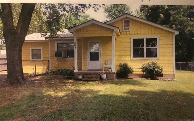 407 2nd Avenue, Warner, OK 74469 (MLS #1823436) :: American Home Team