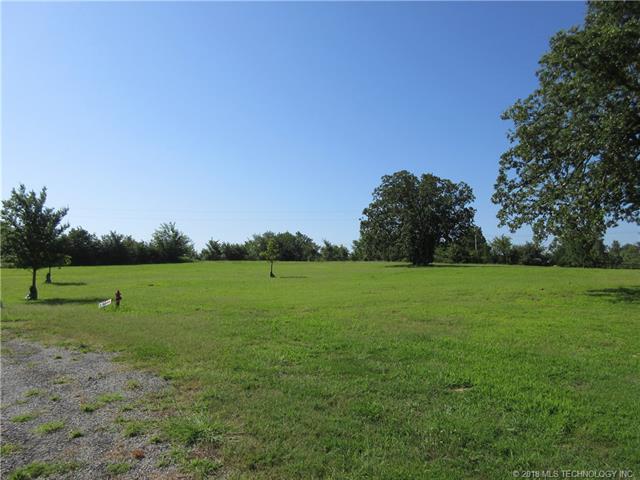 2 Channel Road, Eufaula, OK 74432 (MLS #1824803) :: American Home Team