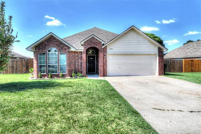 13041 E 132nd Street N, Collinsville, OK 74021 (MLS #1825105) :: Hopper Group at RE/MAX Results