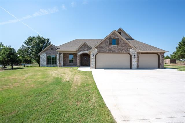 3428 E 426 Road, Oologah, OK 74053 (MLS #1825535) :: Hopper Group at RE/MAX Results