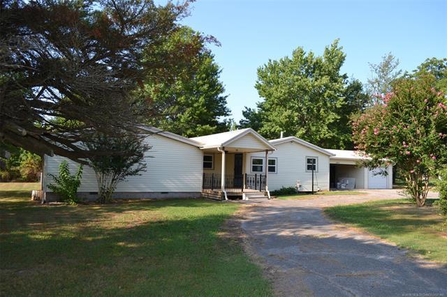 3411 W Military Boulevard, Muskogee, OK 74401 (MLS #1825903) :: American Home Team